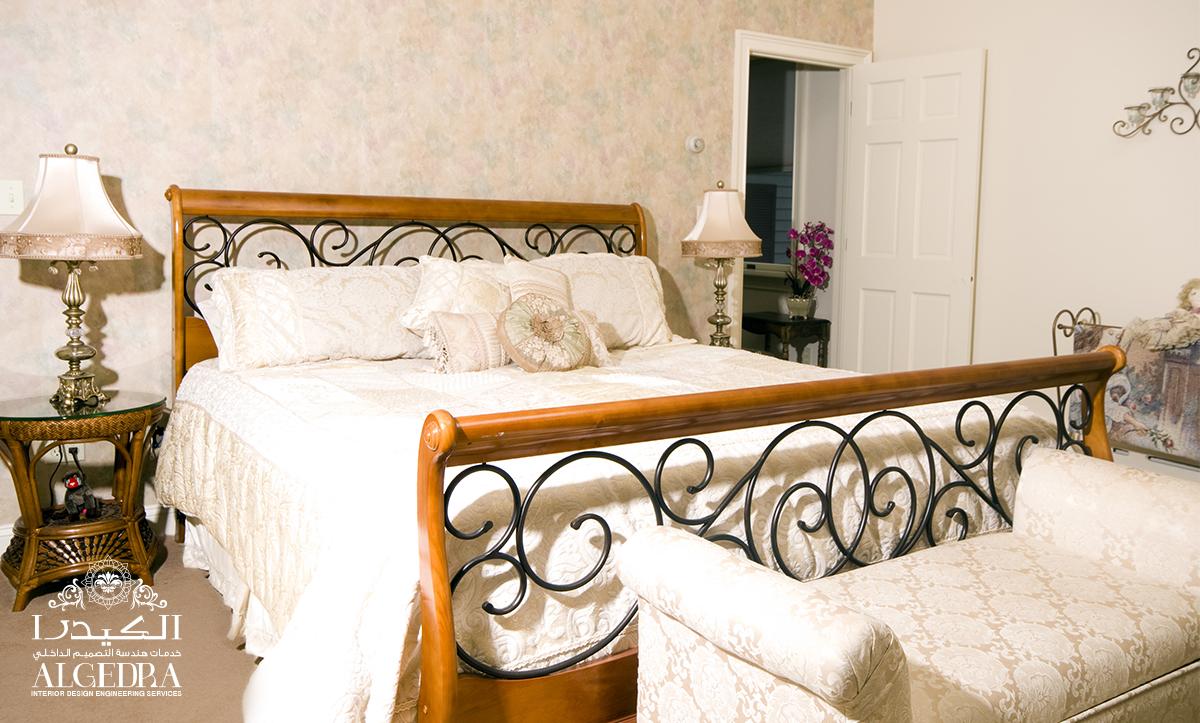 luxury Victorian bedroom decor