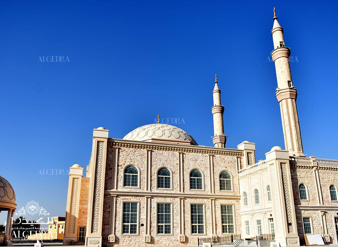 الكيدرا تضع اللمسات الأخيرة لديكور مسجد